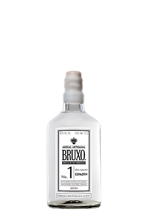 The front of the bottle, Bruxo 1
