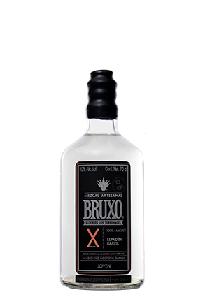 Bruxo X the front of the bottle