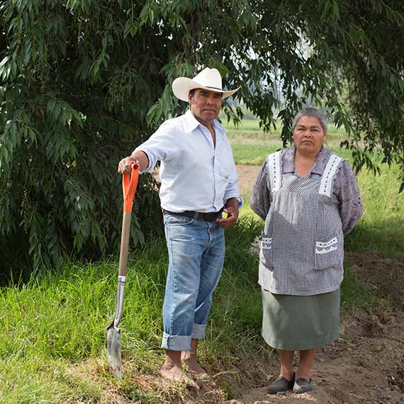 The responsable couple for the production of Ancho Reyes Chilli Verde
