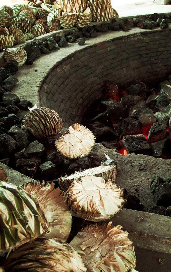 The Montelobos oven ready to cook